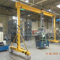 Single girder portal crane 2t