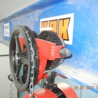 Manuall chain hoist with trolley