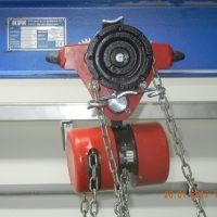 Ručný retiazkový kladkostroj s pojazdovým vozíkom