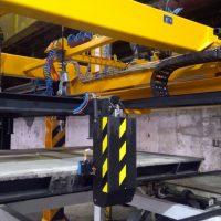 Automatic doublerail crane
