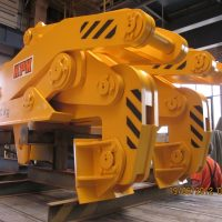 The tongs for coils 20000 kg