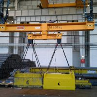 Spreader beam with magnets 6800 kg